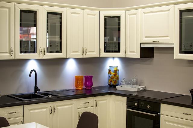Aranżacje Kuchni W Bloku Jak Urządzić Funkcjonalną I