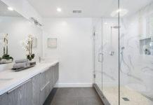 Rodzaje grzejników łazienkowych - co wybrać, modę czy wygodę?
