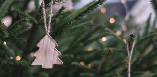 Jak oświetlić salon na święta Bożego Narodzenia?