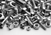 Jakie śruby ze stali nierdzewnych są często nabywane?