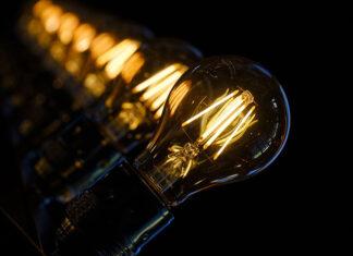 Jakie lampy pasują do wnętrz urządzonych w nowoczesnym stylu